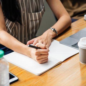 8 maneiras de ganhar dinheiro como afiliado [que você pode não estar explorando]